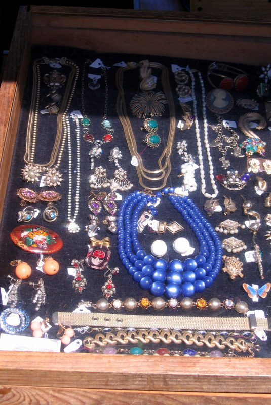 Rich and Negyesi vintage jewelry