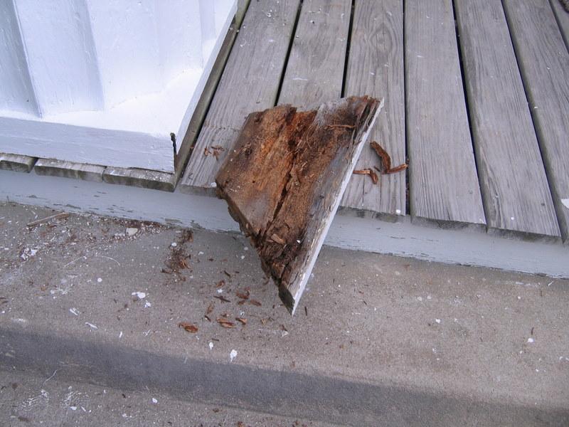 Repair to base of column.